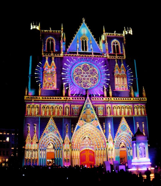 fete-lumieres-lyon-cathedrale